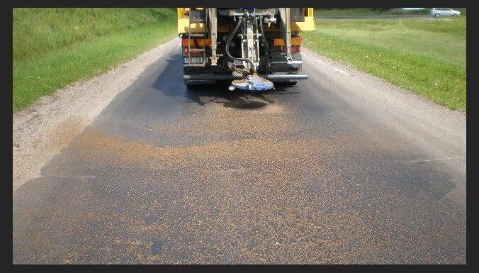Karstuma dēļ uz valsts autoceļiem var veidoties izsvīdumi, brīdina ceļu uzturētājs