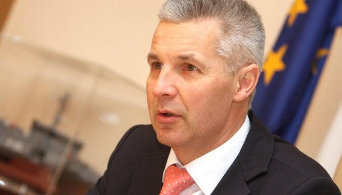 Министр обороны с латгальскими директорами школ обсудит патриотическое воспитание