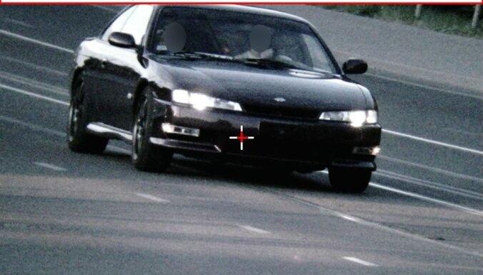 ФОТО. Лихач гнал по городу на скорости 119 км/ч