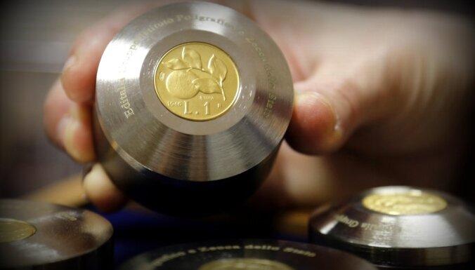Itālietei tiesa ļauj apmainīt 15 miljonus liru pret eiro