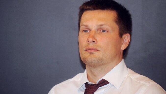 Gulbis atstāj SIA 'NP Foods' valdes priekšsēdētāja amatu