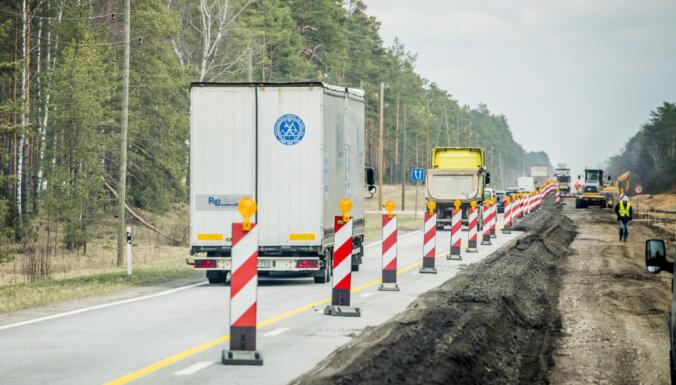 Vidzemes šosejas 'Sēnītes' posmā satiksmi pilnībā pārslēgs uz Siguldas virziena brauktuvi