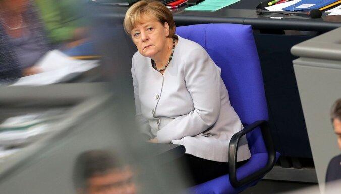 Kristīgi sociālā savienība grasās bloķēt Merkeles iespējamo kandidēšanu uz ceturto termiņu