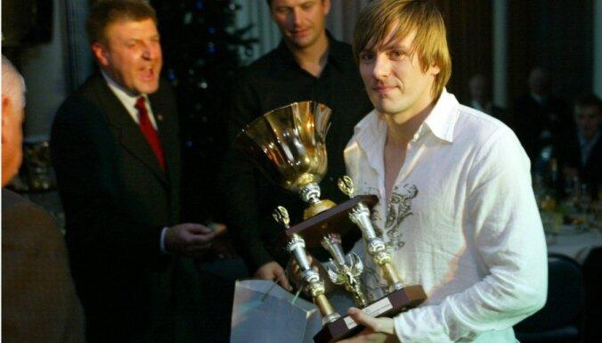 Bijušie Latvijas izlases futbolisti Zirnis un Soloņicins noslēguši profesionālās gaitas