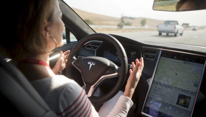 90 км/ч зимой, Tesla как троллейбусы и проверка на адекватность новых водителей. Что нового в латвийских ПДД