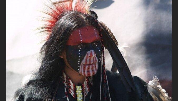 Индейцы в тюрьме в Техасе отсудили право отращивать длинные волосы