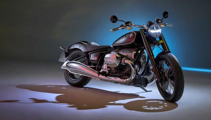 BMW met izaicinājumu 'Harley-Davidson' ar jauno 'R18' motociklu