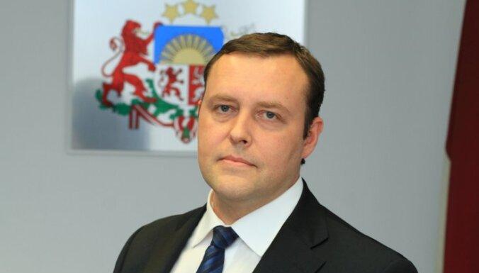 Министр: языковой референдум финансировали из России