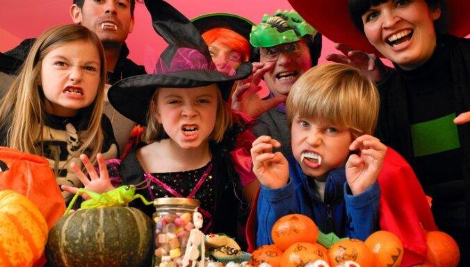 Baidīšanās ir normāls bērna attīstības posms; maskas uzlikšana – uzdrīkstēšanās būt neglītiem