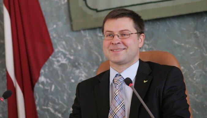 Saeima izsaka uzticību Dombrovska trešajai valdībai