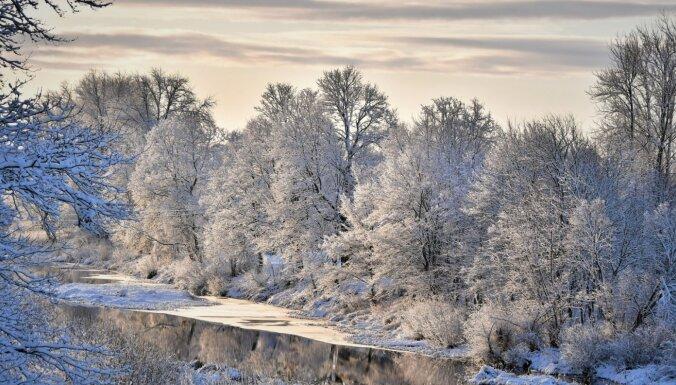 Foto: Jēkabpils ietērpusies skaistā ziemas rotā un ieguvusi jaunu lūsi