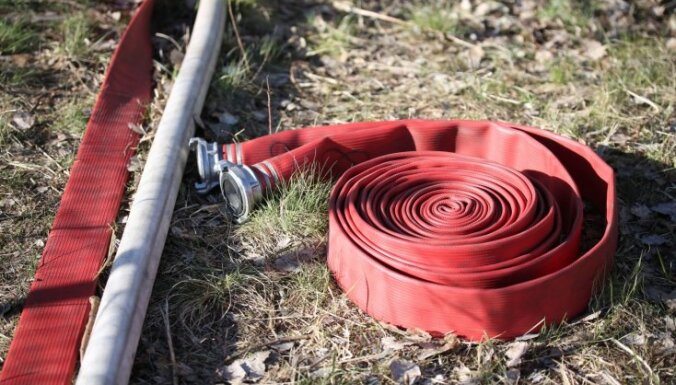 Dārza mājas ugunsgrēkā Siguldas novadā gājis bojā cilvēks
