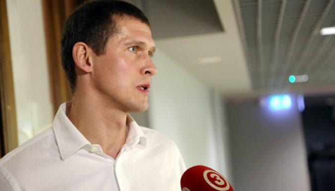 Saeimas komisija vēl nepieņem lēmumu par Juraša izdošanu kriminālvajāšanai