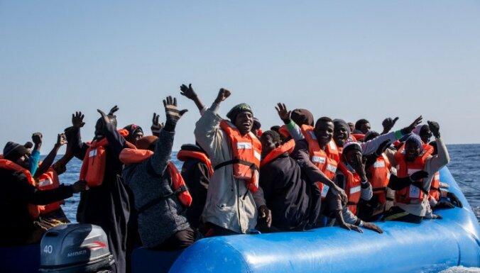 В Средиземном море мигранты захватили торговое судно