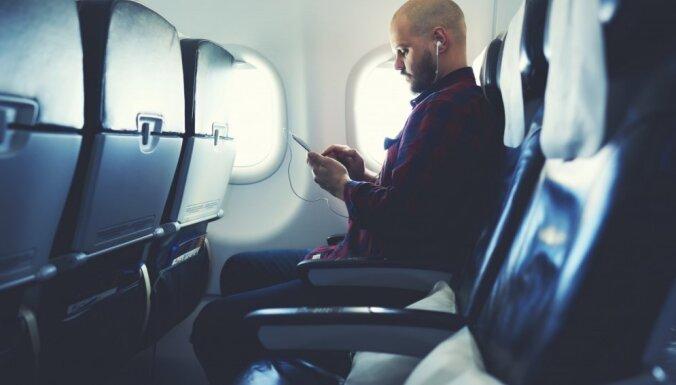 Перелет с депортируемым литовцем на борту: некоторые пассажиры отказались от полета