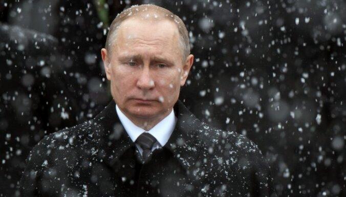 Большинство россиян возложили ответственность за проблемы страны на Путина