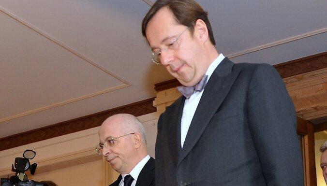 Ekspertīzes izdevumus 'Revertas' un PA strīdā par 141,6 miljonu eiro piedziņu segs Kargins un Krasovickis