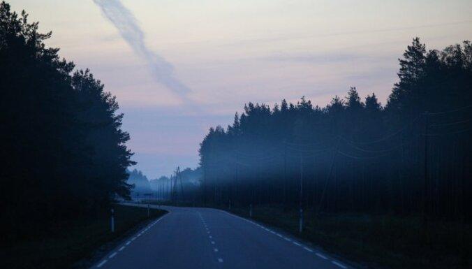Naktī Latgalē gaisa temperatūra noslīdēs līdz -4 grādiem, bet Kurzemē gaidāms lietus