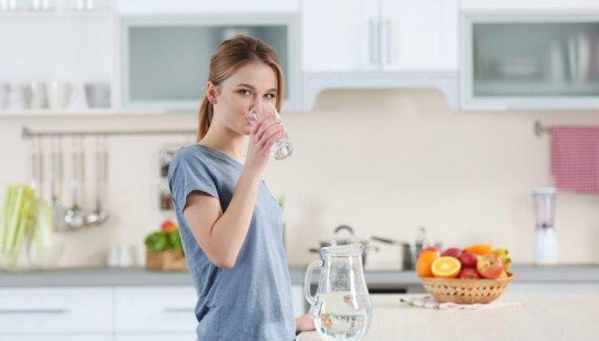 7 вещей, которые сильнее всего портят кухонную столешницу