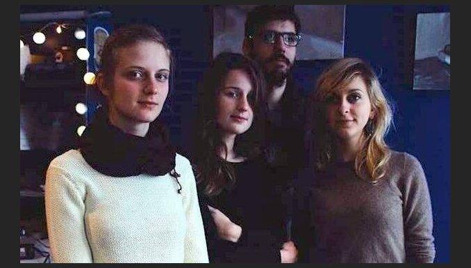 Noklausies 'Stūrī zēvele' singlu 'Radiohīts' no gaidāmā kaverversiju albuma!