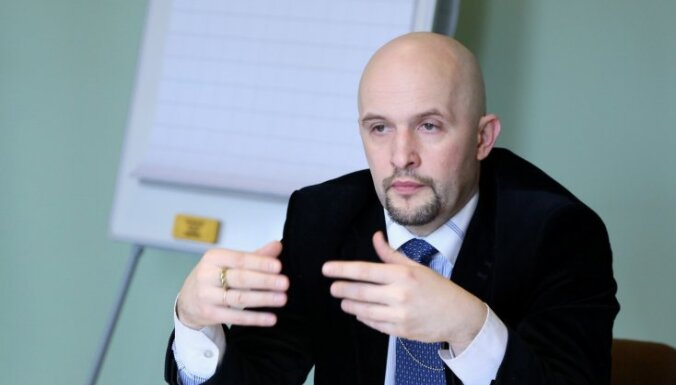Sārts: 'Islāma valsts' ir ieguvēja no Krievijas uzbrukumiem Sīrijas nemierniekiem