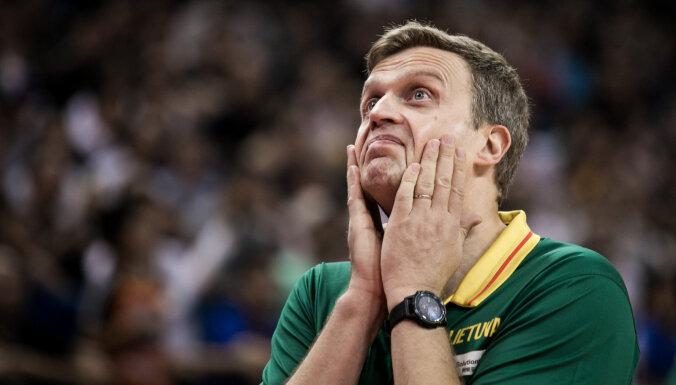 Adomaitis pēc Pasaules kausa pametīs Lietuvas izlases galvenā trenera amatu