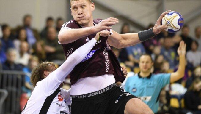 Сборная Латвии дважды обыграла эстонцев за путевку на ЧЕ по гандболу