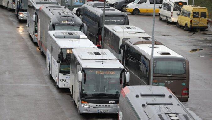 Зараженный Covid-19 пассажир ехал на автобусе из Талси в Ригу и обратно