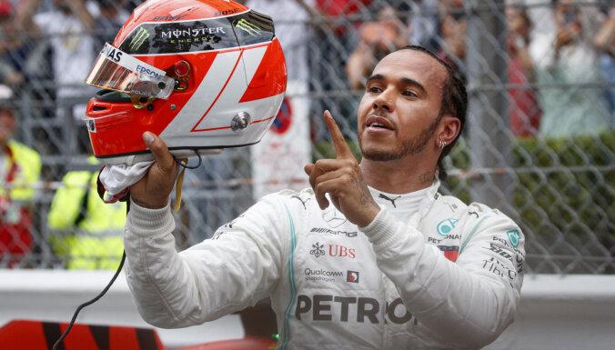 Hamiltons uzvar Monako 'Grand Prix' un palielina pārsvaru kopvērtējumā