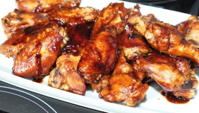 Vistas spārniņi ar kečupu - Trīnes recepte