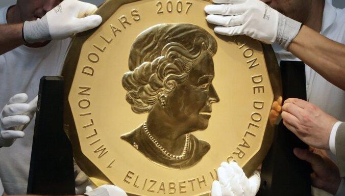 Berlīnē jaunas kratīšanas 100 kilogramus smagās zelta monētas zādzības lietā