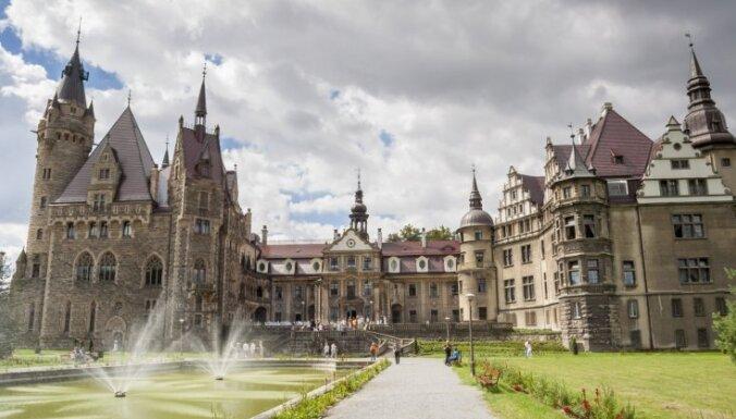 Iespaidīgas pilis Eiropā, kas neatstās vienaldzīgu