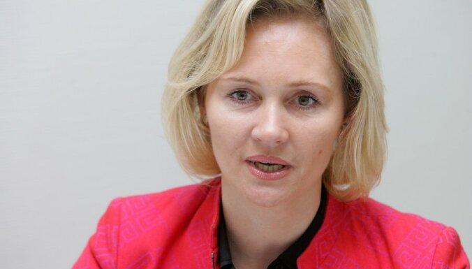 """Broka: Latvijā ir partijas un politiķi, kas """"skatās mutē"""" Briselei un Maskavai"""
