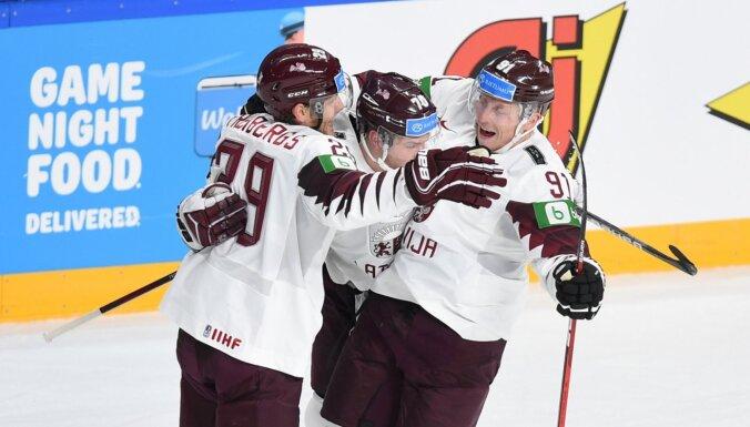 Latvija pirmo reizi vēsturē uzvar hokeja dzimteni Kanādu