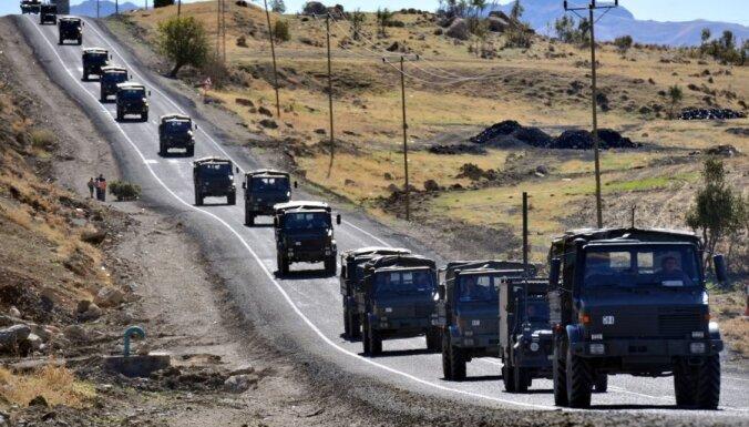 Turcijas ministrs: Turcija Sīriju var 'nolīdzināt līdz ar zemi' dažu stundu laikā