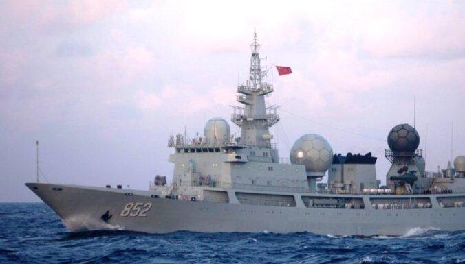 Ķīna uz 'Vostok 2018' nosūtījusi arī nelūgtu spiegošanas kuģi