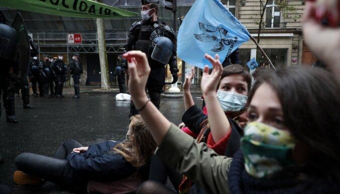 Tiesa pieprasa Francijas valdībai pierādīt nopietnus nolūkus klimata jautājumos