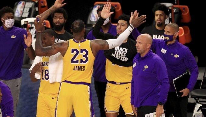 NBA sezonas atsākas ar 'Lakers' un 'Jazz' uzvarām sīvās cīņās