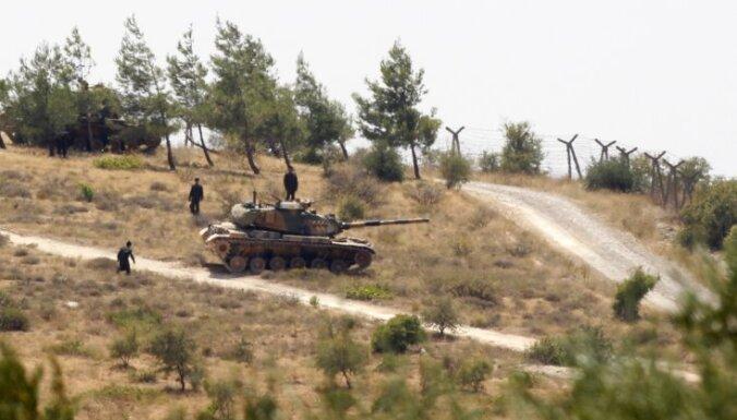 Turcija apšauda Sīrijas teritoriju un aicina ANO reaģēt uz Sīrijas raidītiem šāviņiem