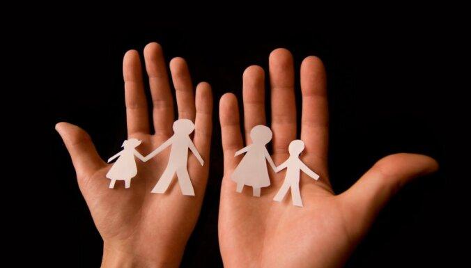 Только каждая десятая семья финансово обеспечена