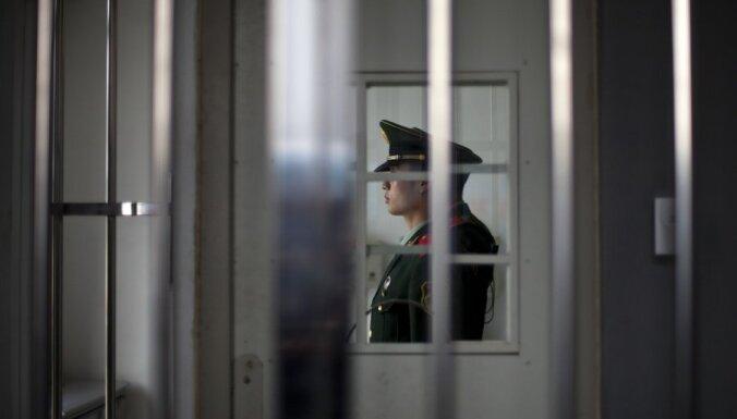 Vācijā par Sīrijas opozicionāru izspiegošanu piespriež divus gadus nosacīti