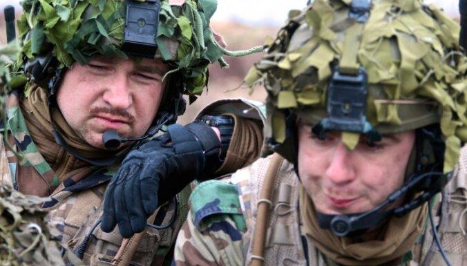 МО: безопасность Латвии в настоящее время обеспечивают 460 солдат стран НАТО