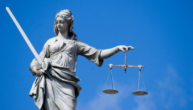 Viļānu novada kaņepju sāga: no policijas nepiedzen pensionāres prasītos 4000 eiro