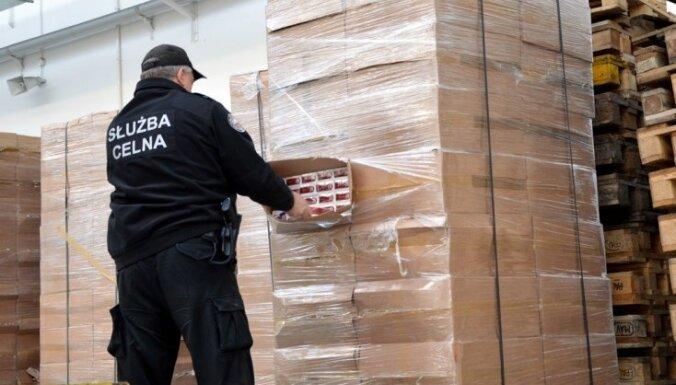 Польша: в фуре из Латвии обнаружили почти 1 миллион контрабандных сигарет