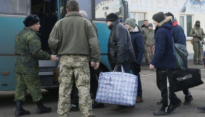 Обмен пленными в Донбассе: ДНР и ЛНР передали Киеву 20 человек