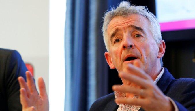 'Ryanair' un Lielbritānijas lidostas sūdz tiesā valdību par ceļošanas ierobežojumiem