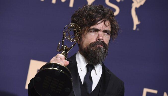 'Emmy' ceremonijā triumfē HBO seriāls 'Troņu spēle'