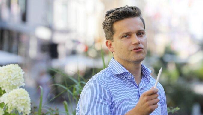 Mārtiņš Vanags: Ierobežojumi nedrīkst liegt pieeju pirmās nepieciešamības precēm un vakcinācijas punktiem tirdzniecības centros