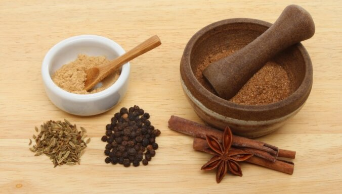 Приправы, кремы и даже майонез – девять добавок к блюдам, которые можно приготовить дома