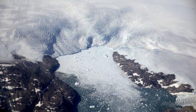 Grenlandes ledāju kušana atbrīvo ASV armijas atstātos atkritumus